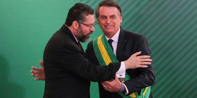 Bolsonaro e o novo ministro das Relações Exteriores, Ernesto