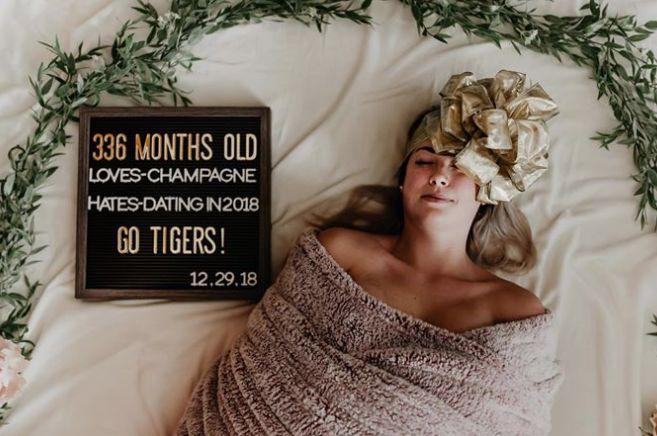 태어난 지 336개월 된 여성이 생일을 축하하는 아주 특별한 방법