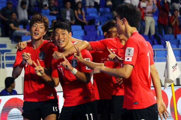 폭스스포츠 선정 한국과 필리핀 선수들의 평점은 상당히 차이가