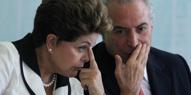 Ação no Tribunal Superior Eleitoral pede cassação da chapa da ex-presidente Dilma Rousseff e do presidente...