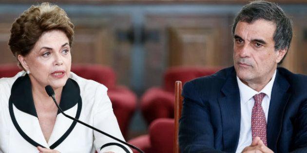 Ex-presidente Dilma Rousseff e seu defensor no processo de impeachment, o ex-ministro José Eduardo