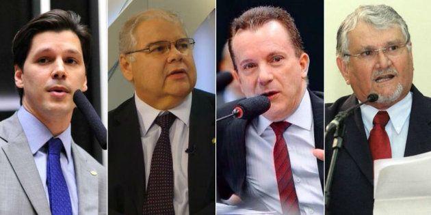 Deputados federais investigados na Operação Lava Jato e com intenção de disputar as eleições de 2018:...