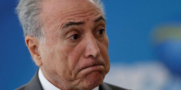 Deputado Sérgio Zveiter dá parecer favorável a aceitação da denúncia contra o presidente Michel Temer...