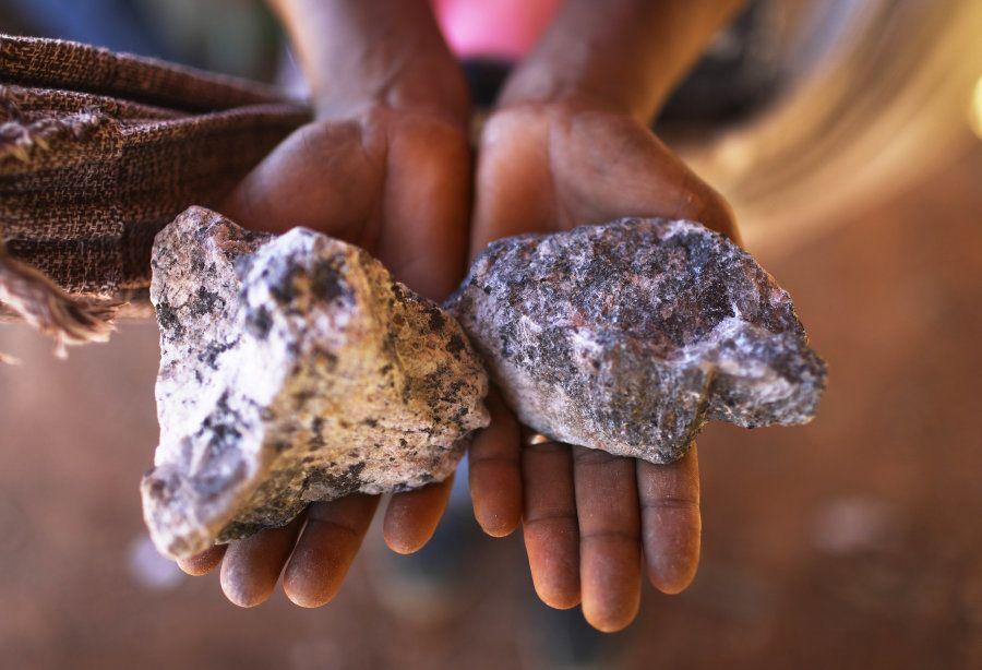 Mineração no distrito de Bom Futuro, em região desmatada da Amazônia, em junho de
