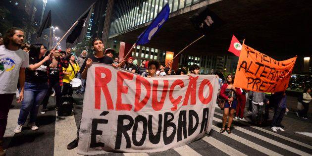 Protesto em São Paulo contra redução da maioridade