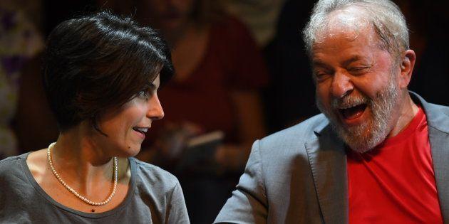 Proposta de Manuela d' Avila sobre seguro-desemprego para grávidas não foi incorporada ao plano de governo...