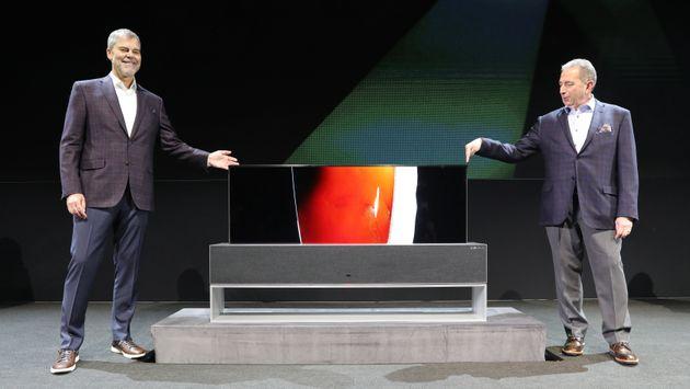 LG전자가 돌돌 마는 TV 'LG 시그니처 올레드 TV R'을