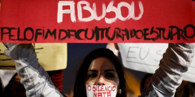 Protesto contra estupro e violência contra a