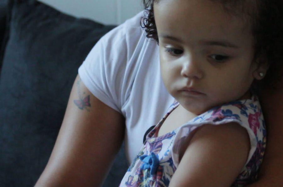 Maria Luiza nasceu com hidrocefalia após a mãe ser infectada pelo zika na
