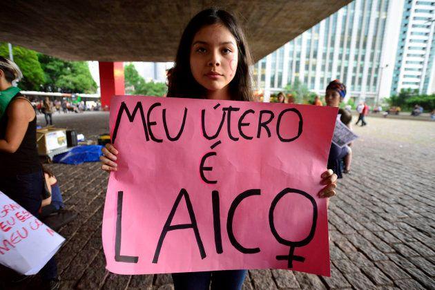 Magno Malta quer arquivar proposta que descriminaliza aborto até 12ª