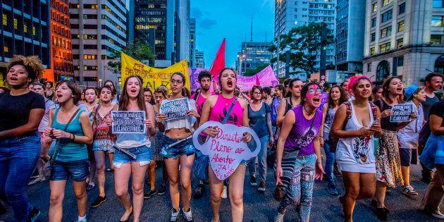 """""""A descriminalização do aborto não é apenas possível, mas uma exigência do sistema de direito humanos..."""