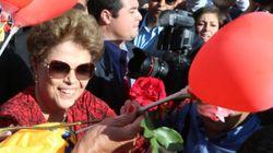 Afastada, Dilma vive rotina da classe média e sonha escrever romance