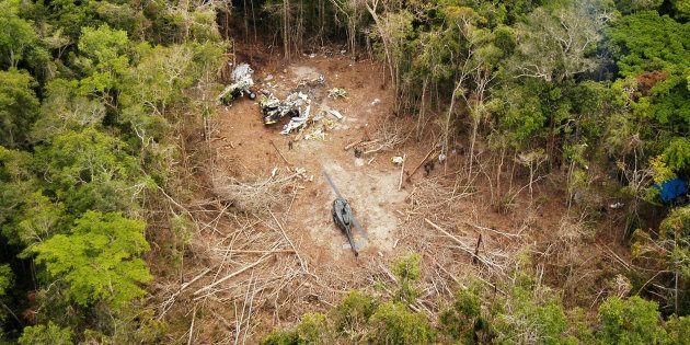 Destroços do Boeing 737 ficarão permanentemente na terra dos