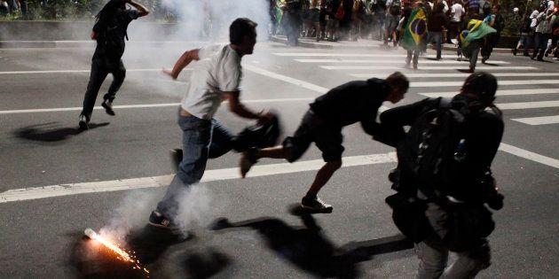 Justiça de SP libera uso de bala de borracha e gás lacrimogêneo pela PM em