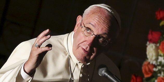 Papa Francisco diz que é melhor ser ateu do que ser católico e levar uma 'vida