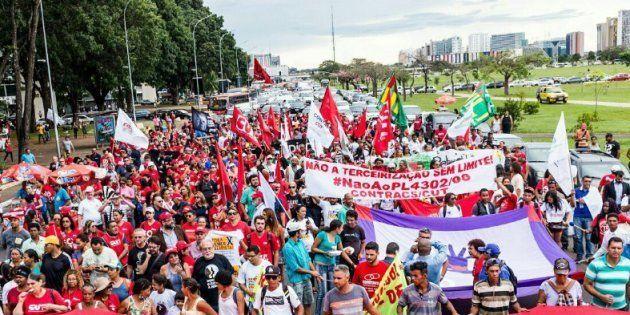 MTST faz protesto em Brasília contra PL que amplia