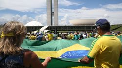 Defesa da Lava Jato e crítica ao voto em lista fechada reúnem manifestantes pelo