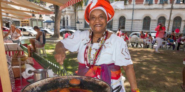 Baiana de acarajé agora é profissão