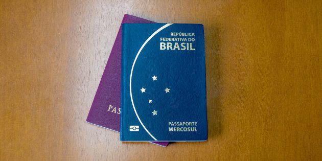 Durante o período de suspensão, 175 mil pedidos de passaportes ficaram represados, segundo a PF, e agora...