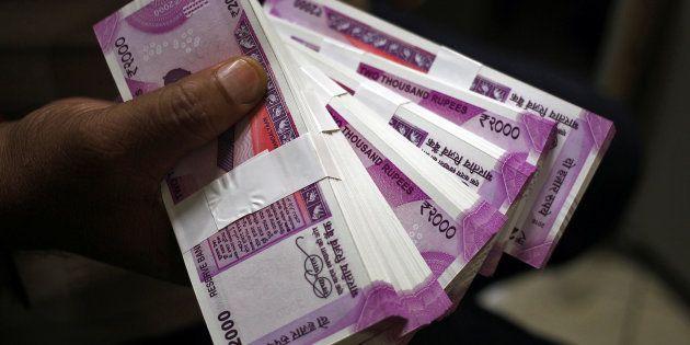 O governo indiano inutilizou 86% do dinheiro vivo