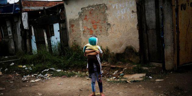 Em 2015, 1,4 milhão de brasileiros voltaram para a extrema