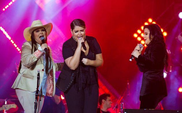 Maiara e Maraisa e Marília Mendonça cantaram juntas em