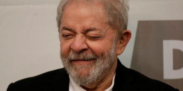 Se eleito, Lula quer referendo para revogar medidas de
