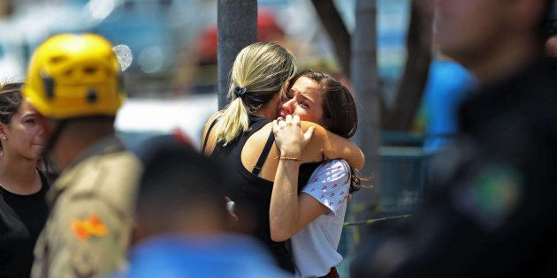 Dois adolescentes de 13 anos foram vítimas de tiroteio em escola em