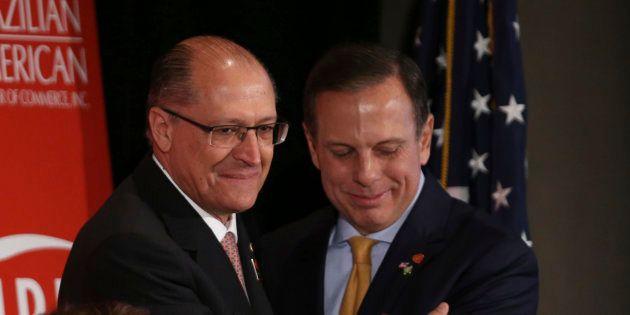 Geraldo Alckmin e João Doria disputam internamente a vaga de candidato a Presidência em