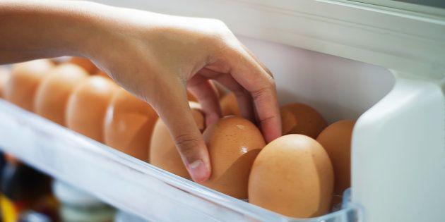 Esta é a razão pela qual você não deve deixar os ovos na porta da