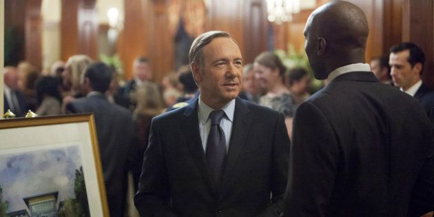 Na primeira temporada de 'House Of Cards', o parlamentar Francis Underwood é assediado pelo lobista Remy