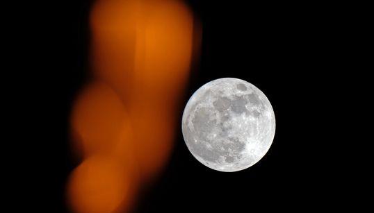 Aqui estão as imagens deslumbrantes da primeira e mais brilhante Superlua de