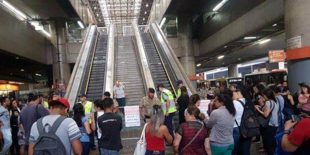 Para articulista, greve dos metroviários prejudica a população e acaba respingando na imagem da