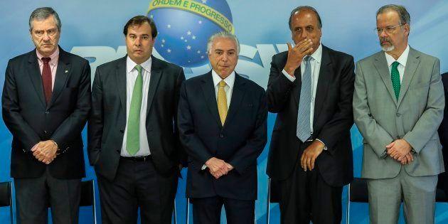 Anúncio de intervenção federal na segurança do Rio, da esquerda para direita, com ministro da Justiça,...