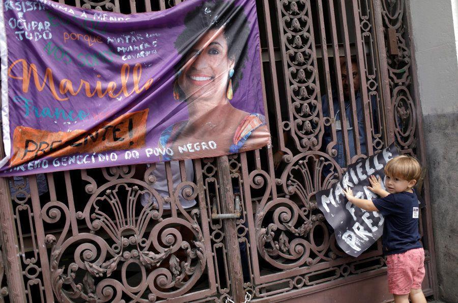 As imagens do luto e o pedido por justiça para a vereadora Marielle Franco, assassinada no