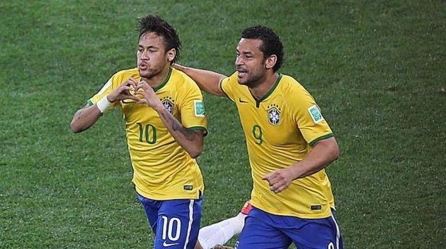 Neymar e Fred comemoram boa (e polêmica) estreia da Seleção sobre a Croácia, em