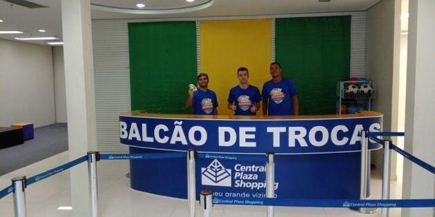 Funcionários do Balcão de Troca do Central Plaza Shopping também colecionam as