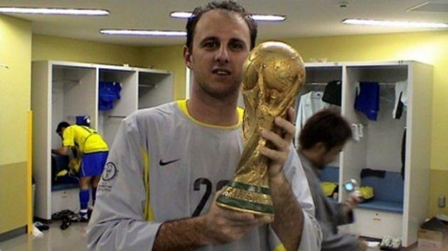 Rogério Ceni fez parte do grupo pentacampeão em 2002 como terceiro
