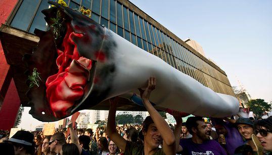 Da ilegalidade ao 'maconhaço': O que mudou nos 10 anos da Marcha da
