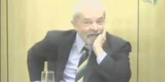'Quando eu fizer um comício, vou chamar o senhor para participar', disse um bem-humorado Lula ao juiz...
