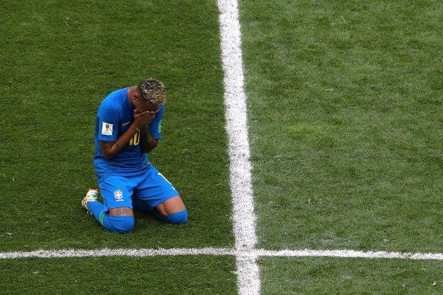 Neymar chora após vitória da Seleção e primeiro gol marcado na