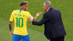 Tite sai em defesa de Neymar e responde a técnico do México sobre pisão: 'Com imagem não dá para