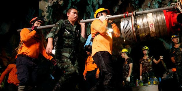 Operação de resgate na caverna de Tham Luang, na