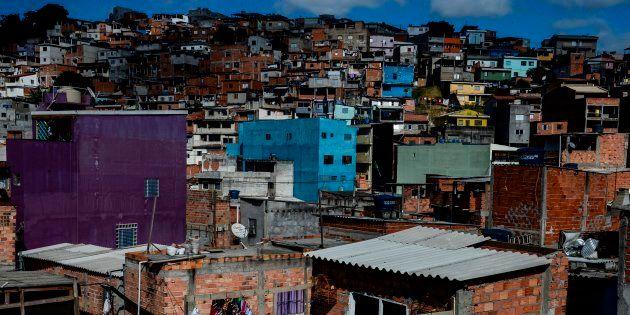 Favela Jardim Peri, em São Paulo: Brasil tem uma das piores distribuições de renda do
