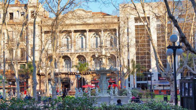 Centro histórico de Montevidéu é atrativo para milhões de