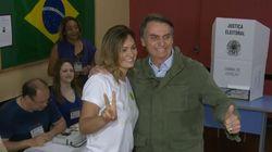 Bolsonaro vota sob forte esquema de segurança na zona norte do