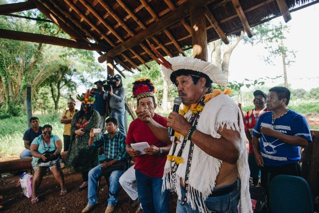 Comissão em visita na reserva de Dourados, no Mato Grosso do Sul, em um dos povoados indígenas Guaraní