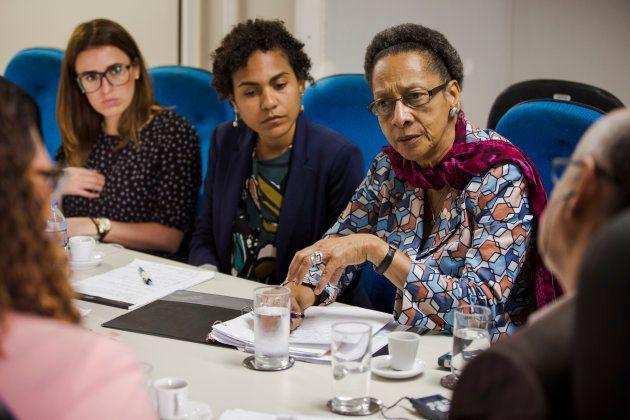 Comissão se reúne na secretaria de justiça, direitos humanos e desenvolvimento social na