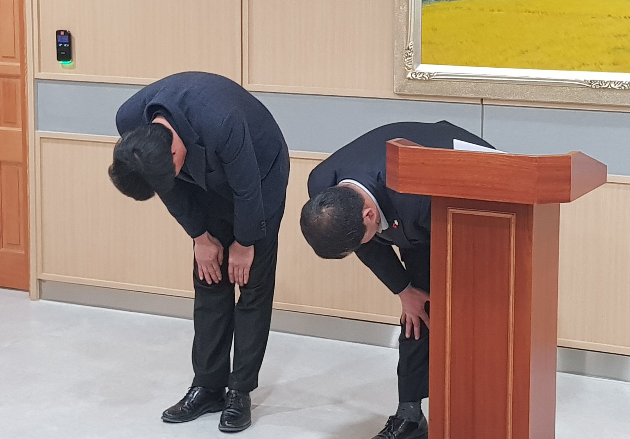 시·도·군 의원 연수 담당한 여행사 대표가 폭로한 '외유성 출장'