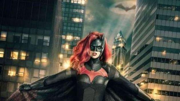 Ανοιχτά ομοφυλόφιλη η νέα Batwoman: Θύελλα αντιδράσεων για την